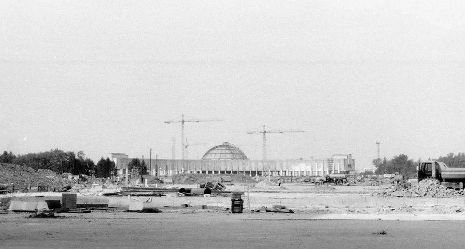 Строительство Парка Победы