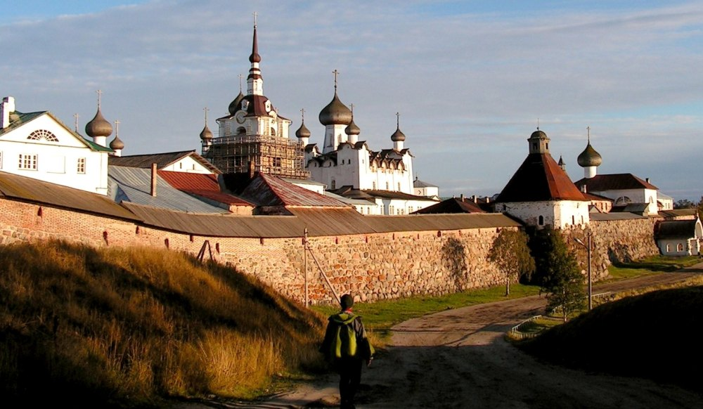 Путь к монастырю