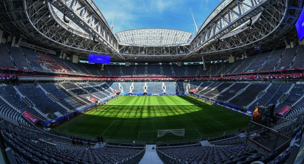 Площадь футбольного поля – 9840 кв.м