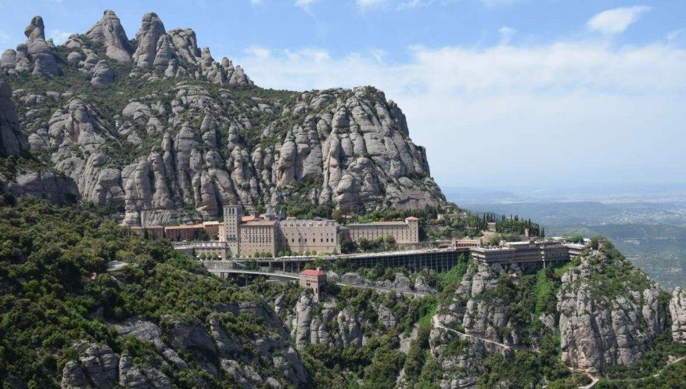 Монтсеррат – монастырь в горах