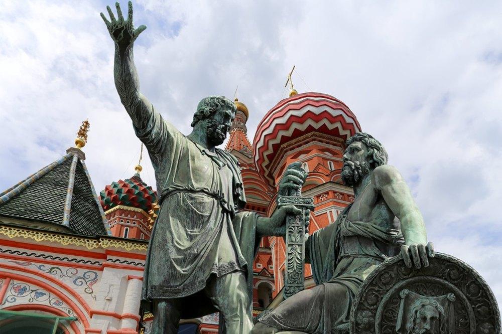 Минина призывает подняться на защиту Москвы