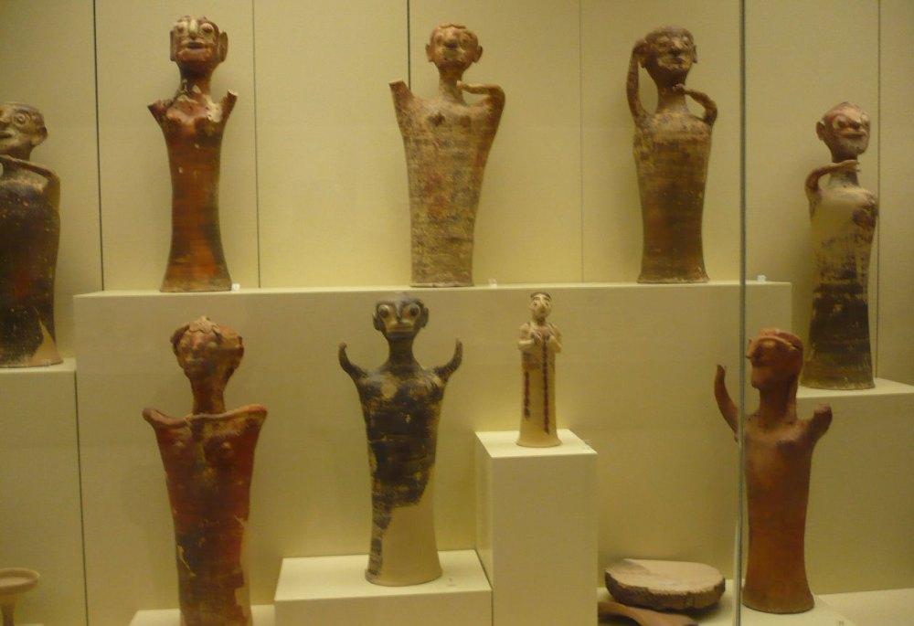 Эспонаты археологического музея Микен