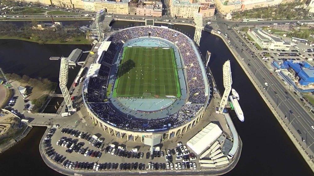 Стадион на Петровском острове