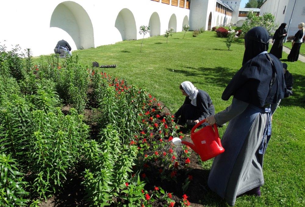 Будни женского монастыря