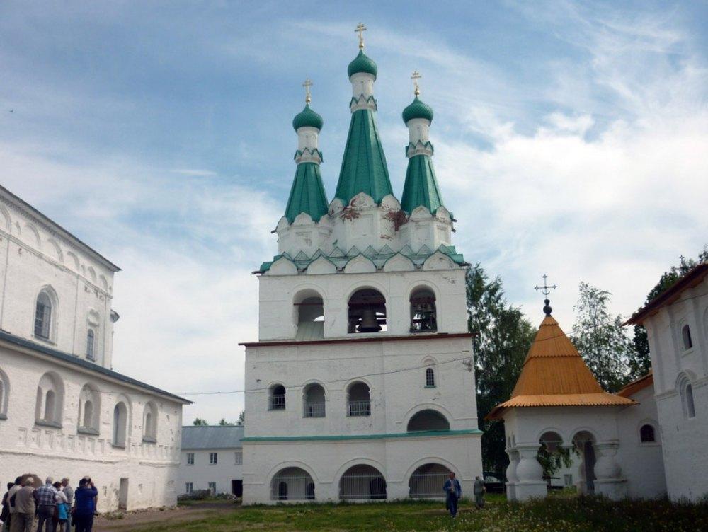 Восстановленные  храмы