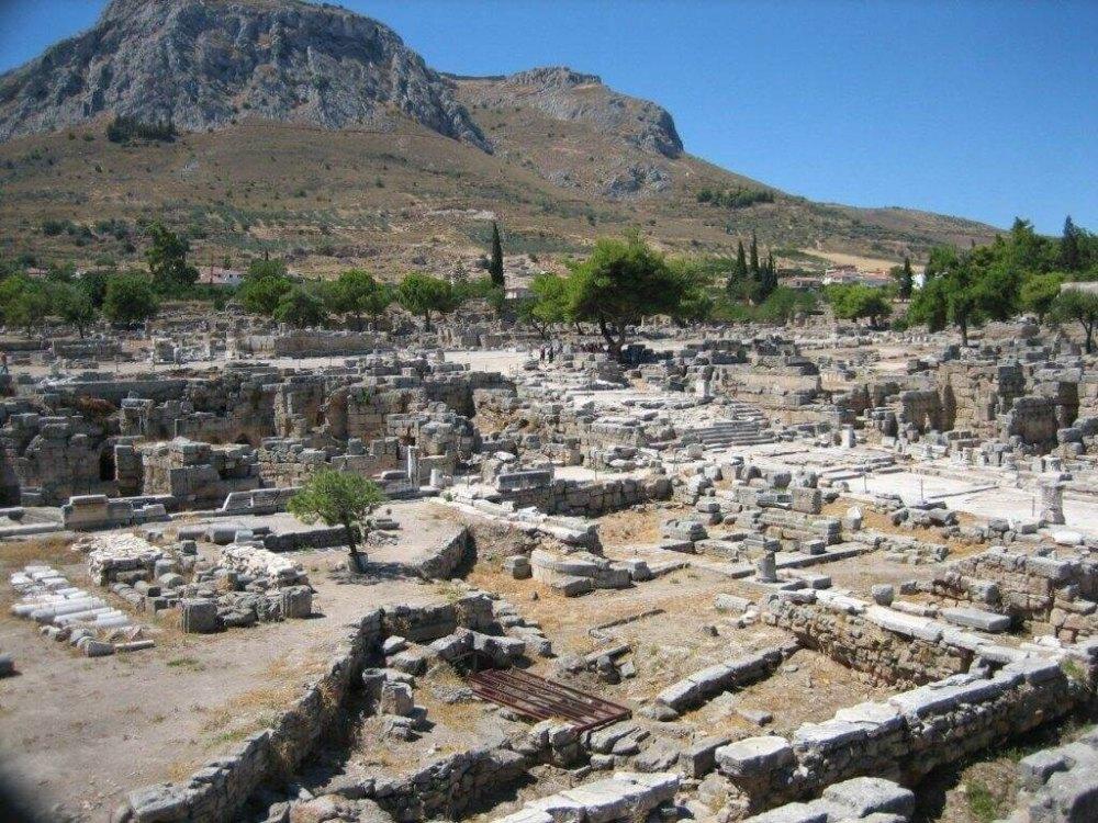 Жители Коринфа наслаждались благами