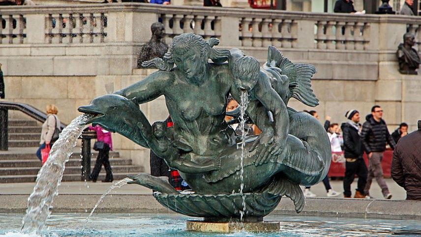 Фонтан на Трафальгарской площади