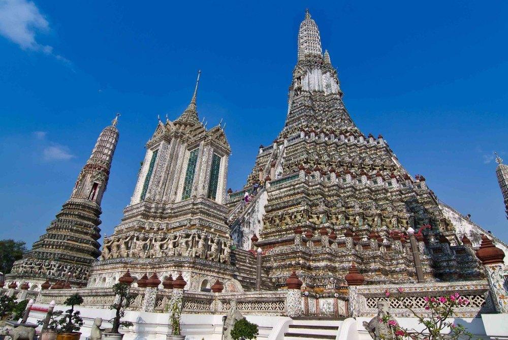 Храм Рассвета – комплекс из 5 башен
