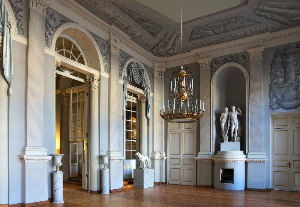 Внутри Большого дворца