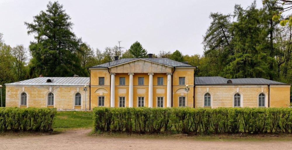 Малый дворец «Каприз»