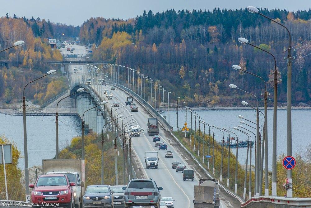 Мост перестал справляться с потоком машин