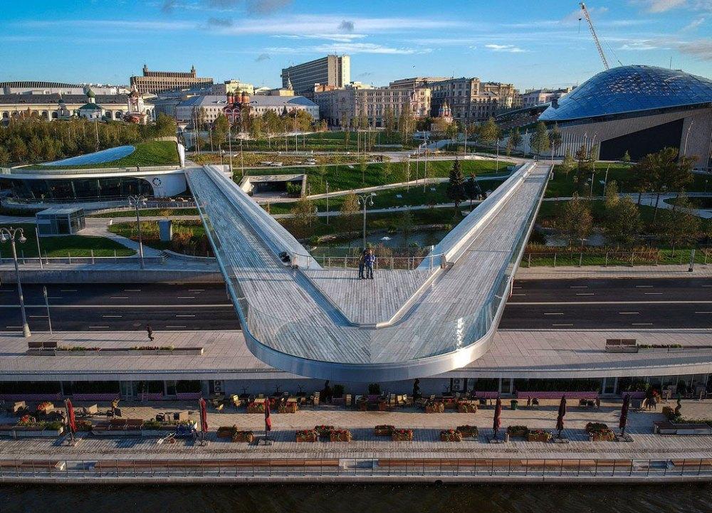 Стеклянный мост в Москве