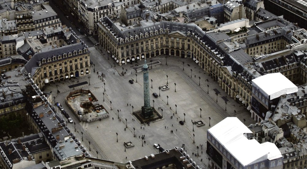 Общий вид Вандомской площади