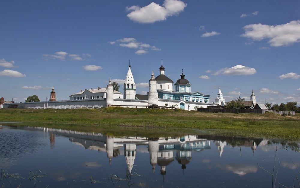 Богородицерождественский Бобренев монастырь