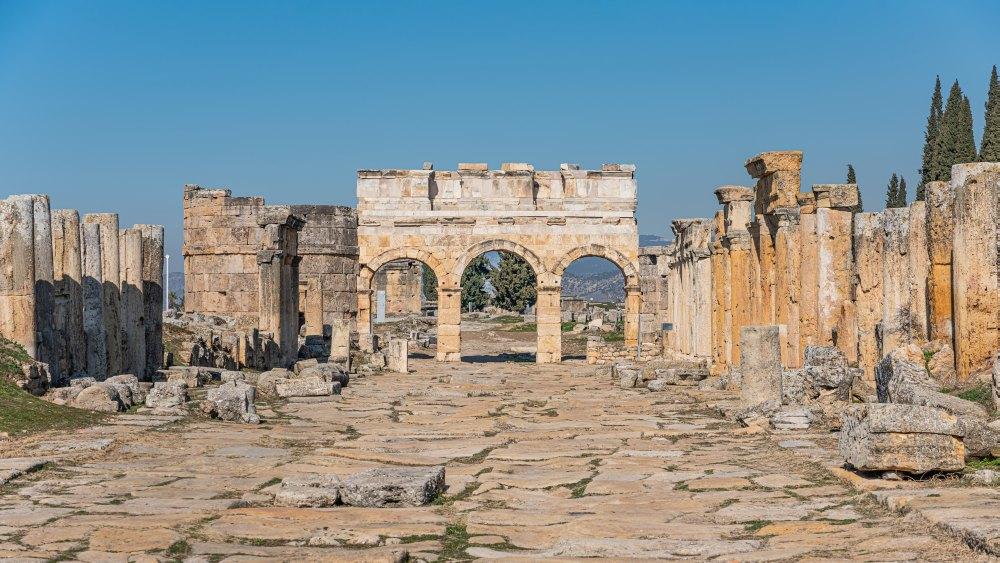 Развалины античного Иераполиса