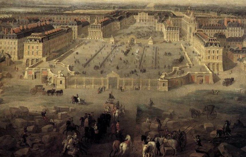 Дворец превратился в пышную резиденцию