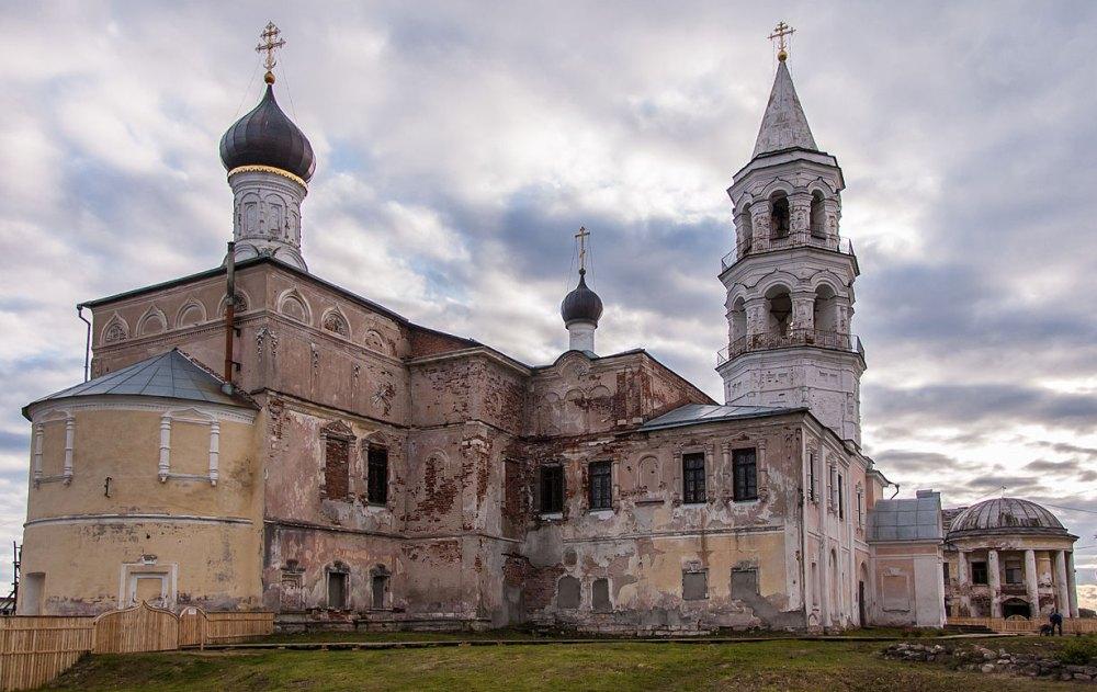 Церковь Введения в храм Пресвятой Богородицы