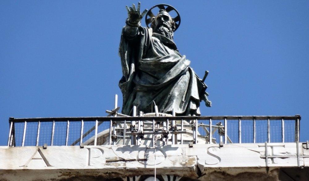 Фигура апостола Павла из бронзы