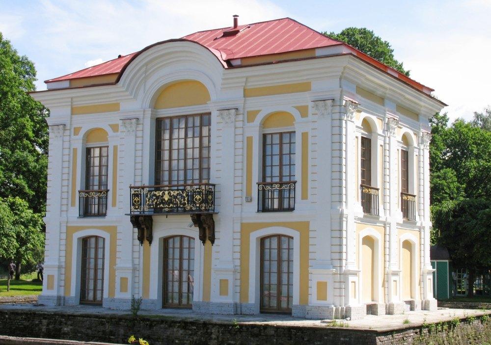 Малый дворец Эрмитаж