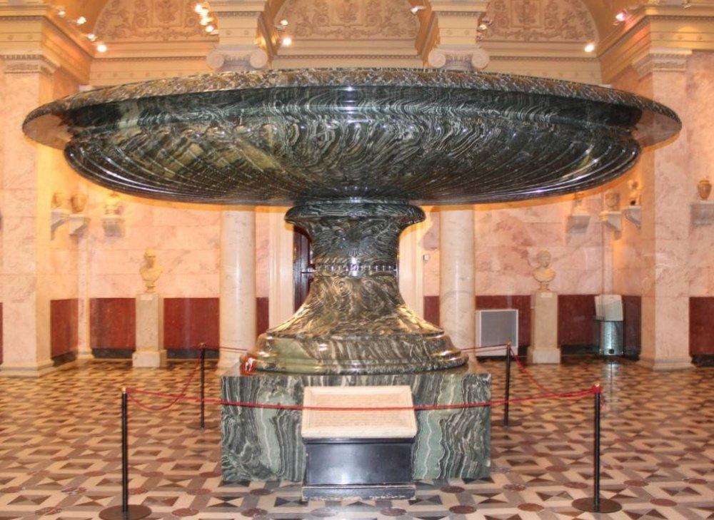 Колывнская ваза