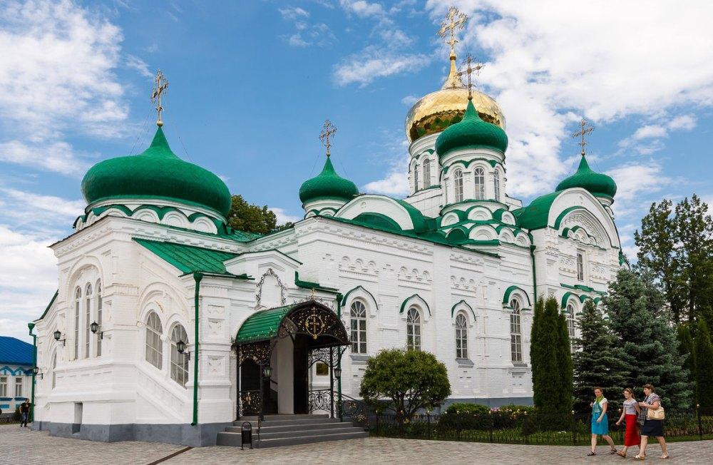 Храмы восстановили с приходом Новой России