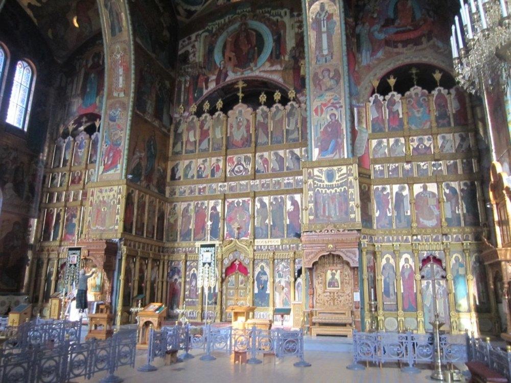 Свято-Введенский храм внутри