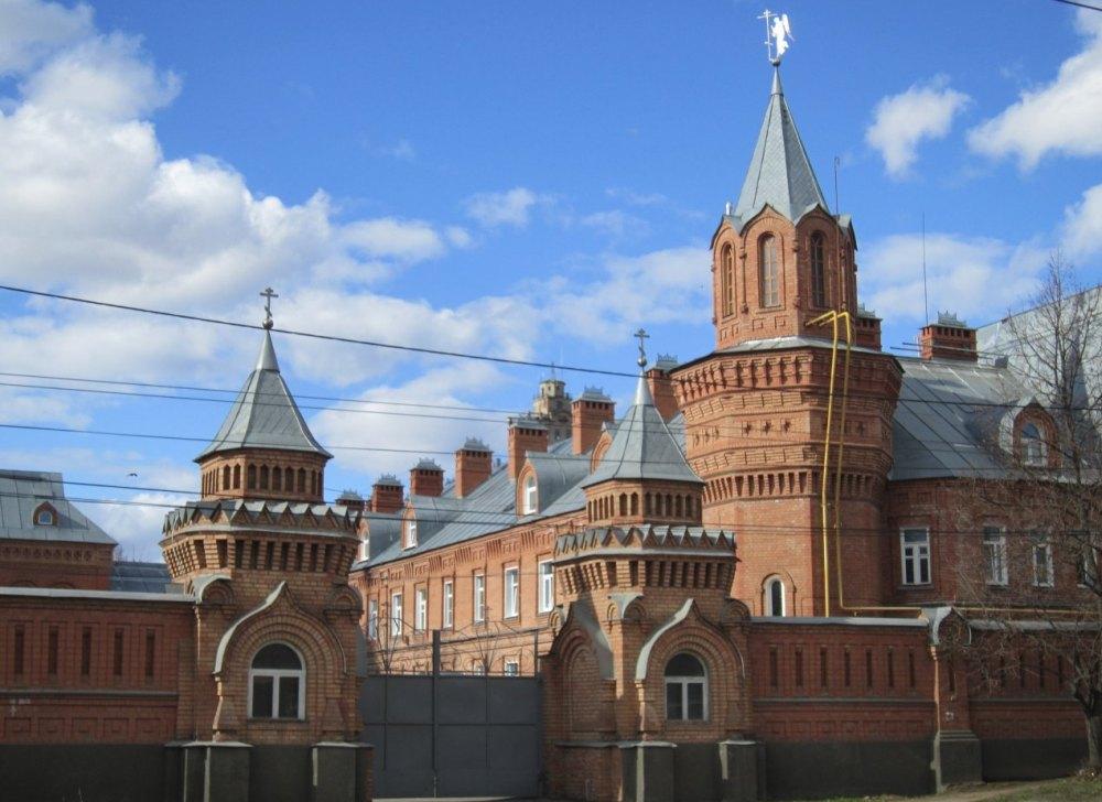 Монастырь открыт для туристов и поломников