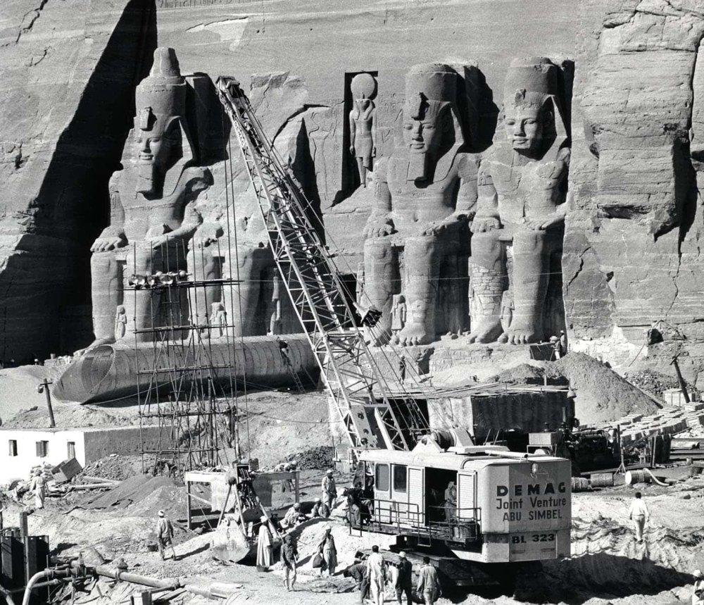 Перенос храма фараона