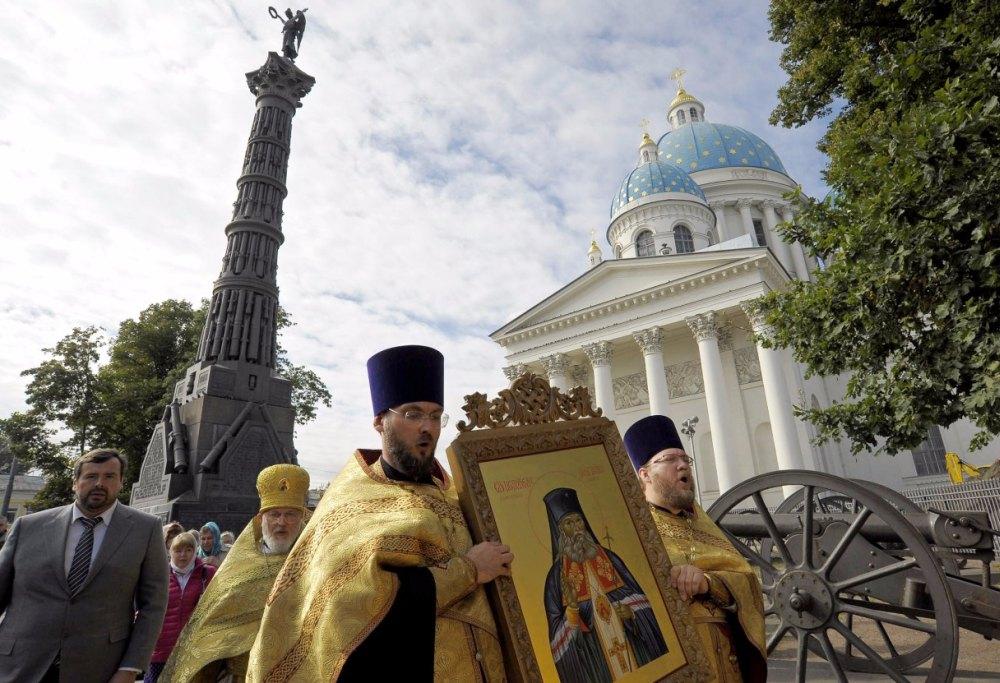 Икона святoго Стефана Великопермского передается в Измаловский храм