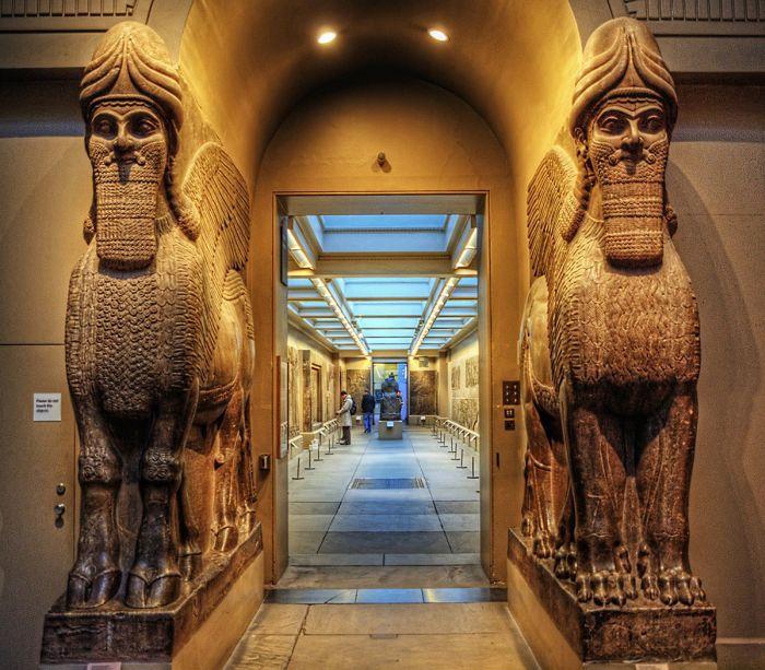 Залы Британского музея
