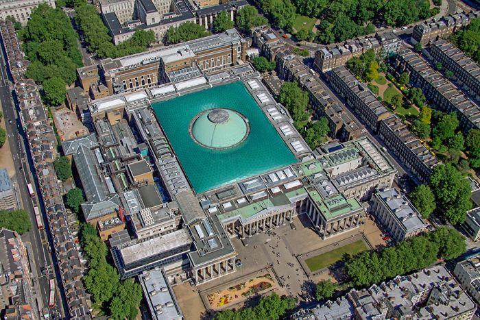 Здание музея в Лондоне