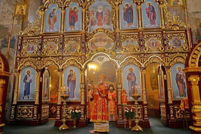 Иконостас Успенской церкви