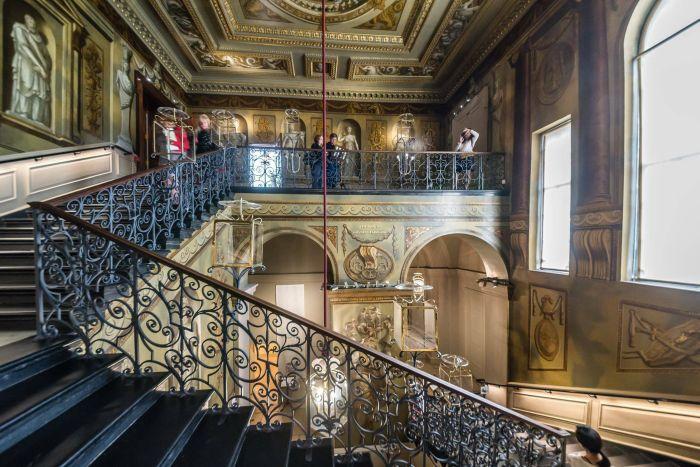 Интерьер Кенсингтонского дворца