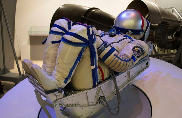 Космонавт в музее
