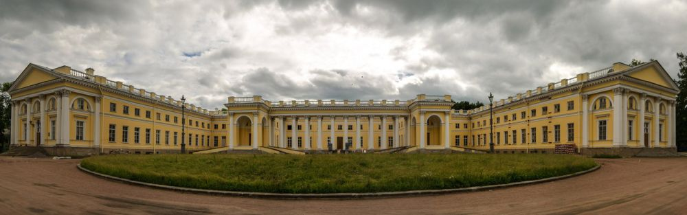 Панорама дворца