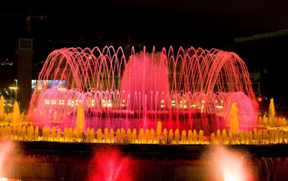 В воздухе одновременно находится 26 000 литров воды