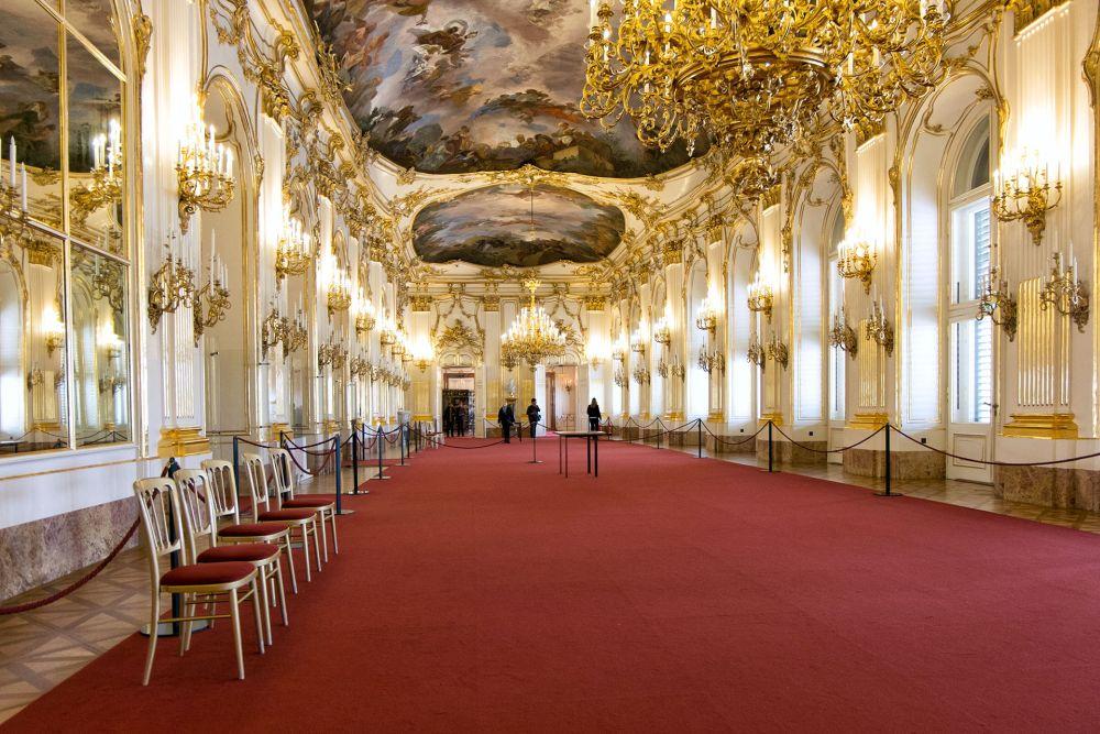 Дворцовые помещения