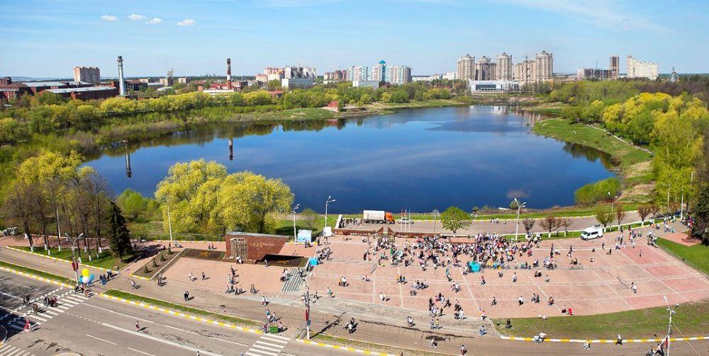 Озеро Борисоглебское, вид на спортивный комплекс
