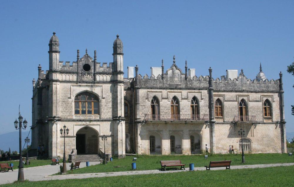 Дворец в эклектичном стиле