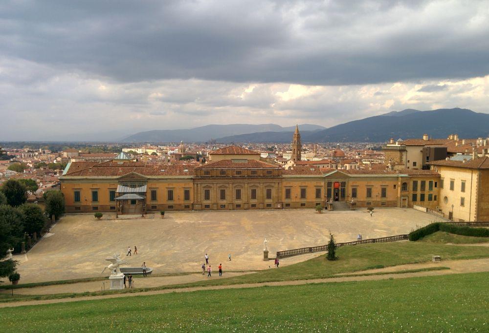Самый большой дворец во Флоренции