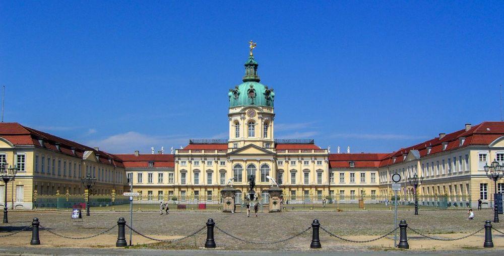 Дворец Шарлоттенбург, архитектура