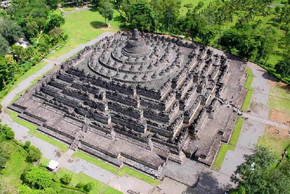 Боробудур, вид на храм сверху