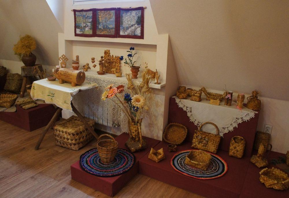 Эуспонаты тематического музея